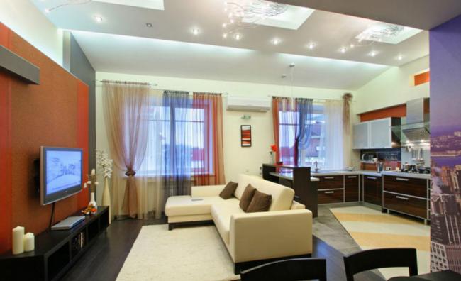 студио с кухней и окном